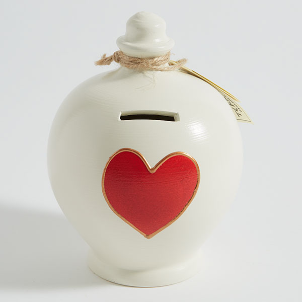 Terramundi moneypot in white with red heart motif and gold outline