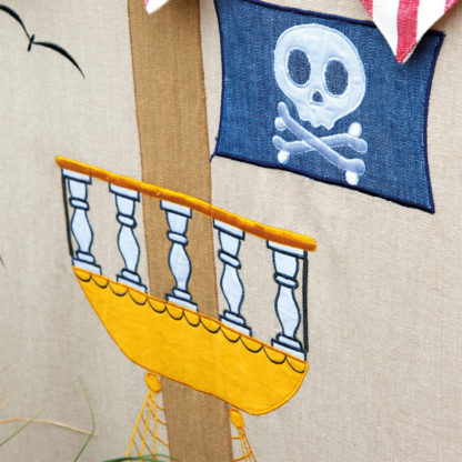 Pirate - WinGreen Crows Nest Detail