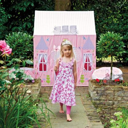 Princess Castle - WinGreen in Garden